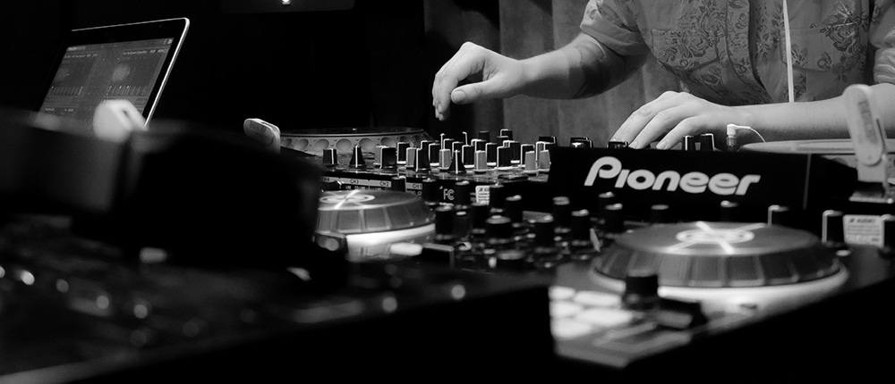 DJ • LOOP Escola de Som